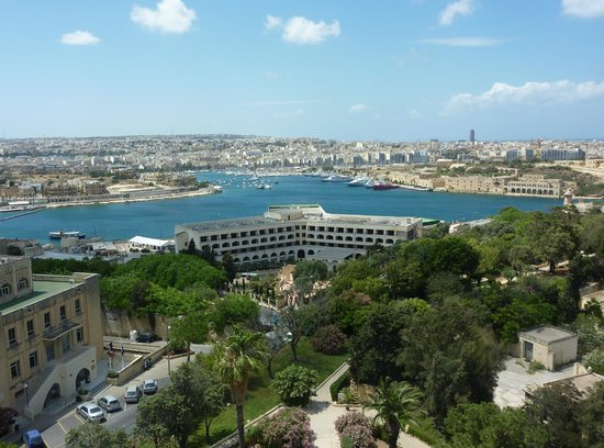Hotel Phoenicia: View from room 415