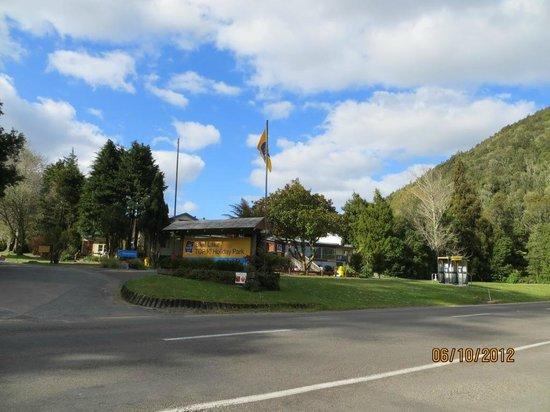 Blue Lake TOP 10 Holiday Park & Motel: Entrada