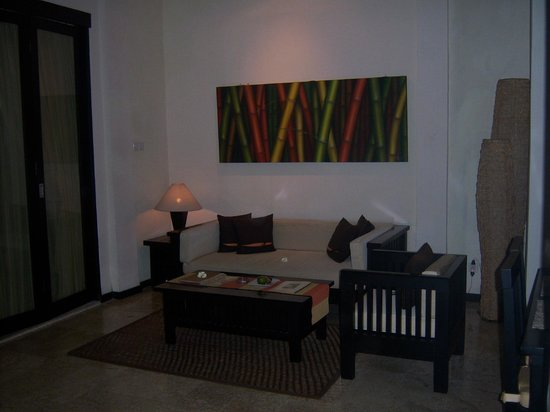 The Seri Suites: Lounge area