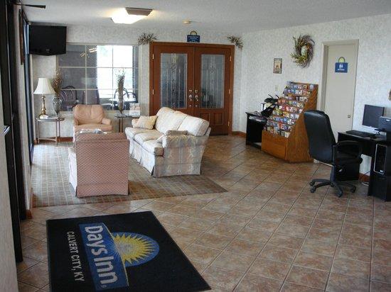 Days Inn Calvert City: Lobby / Business Center