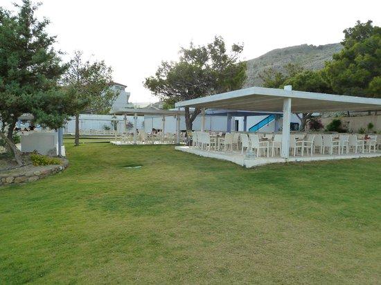 Seaside Sunrise Hotel : le nouvel espace restaurant extérieur