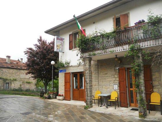 Santa Sofia, Italia: ENTRATA