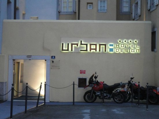 Urban Hotel Design: Hotel front at night