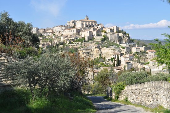 View of Gordes on the walk from Mas Galinelle