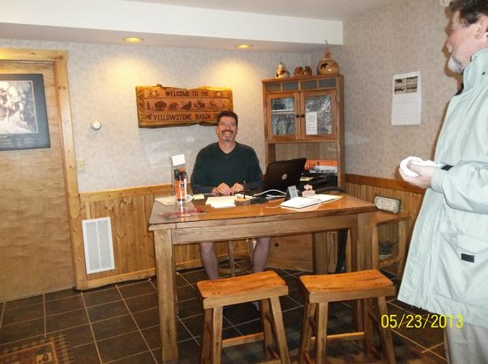 Yellowstone Basin Inn: Innkeeper Greg gives great advice on touring Yellowstone, as well as where to go in Gardiner.