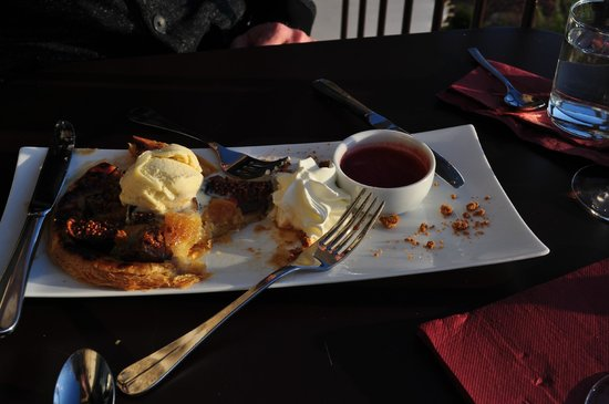 La Trinquette : Incredible fig dessert!