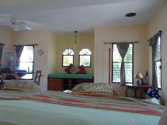 Thatch Caye, a Muy'Ono Resort: view from bed in casita
