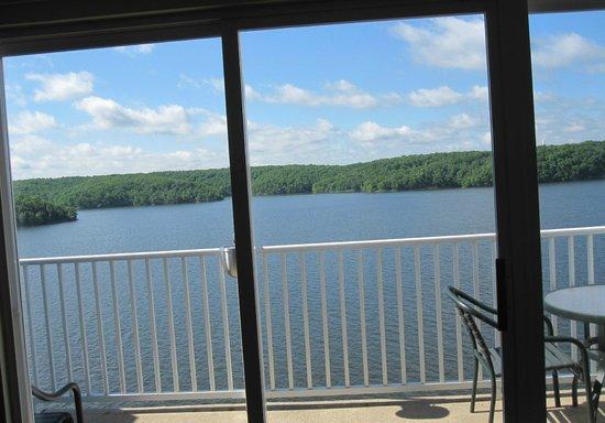 WorldMark Lake of the Ozarks: 4th floor balcony