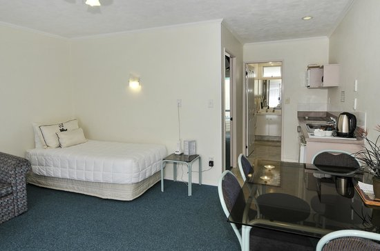 ASURE Palm Court Rotorua: Family Suite 3