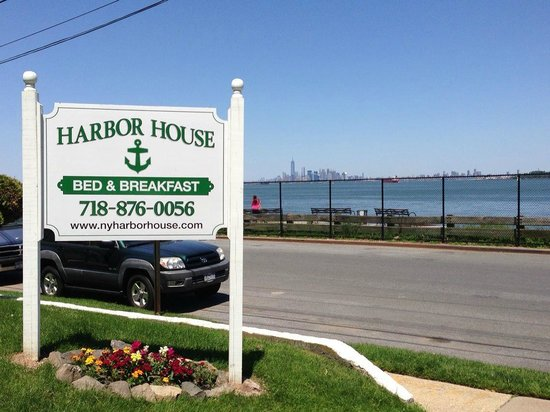 The Harbor House: New B&B sign and Manhattan skyline view