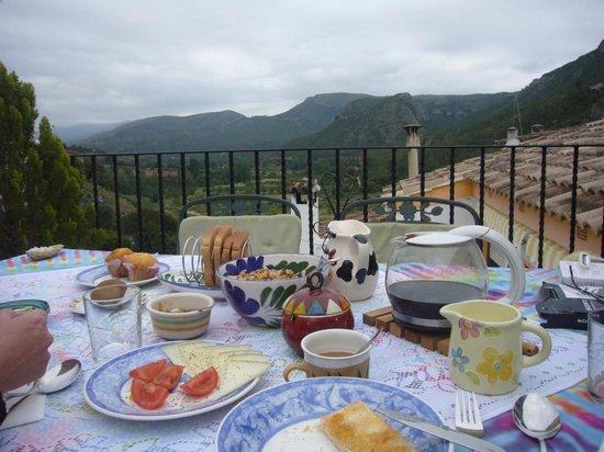 La Casa Serena: Terraza mágica con vista al valle
