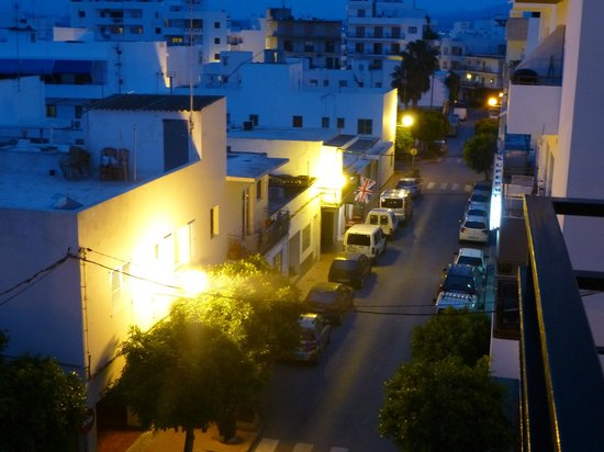 Hotel Brisa : View from balcony at night
