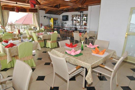Restaurant Dolce Vita Hotel : Bar