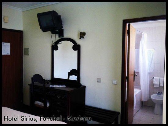 Hotel Sirius: Room