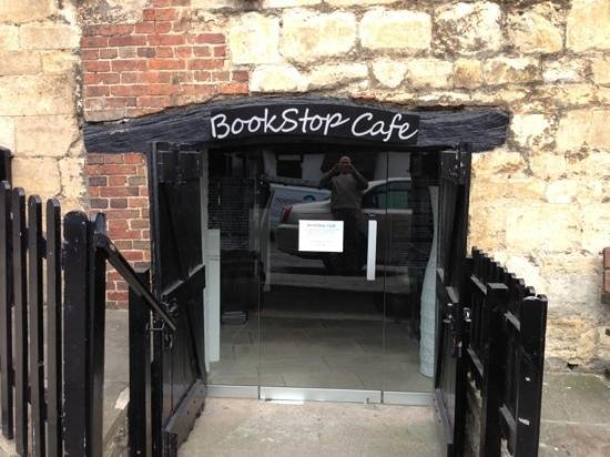 Bookstop cafe : Entrance to a perfect blend of Tea, Cakes and Books.