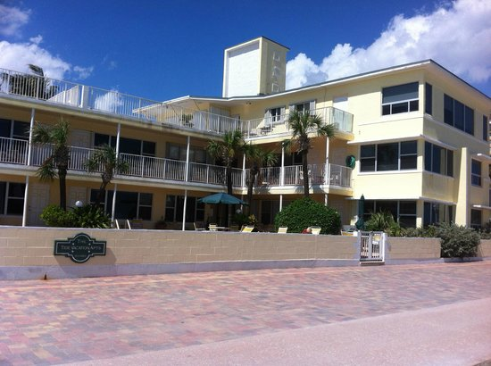 Tide Vacation Apartments: From the boardwalk