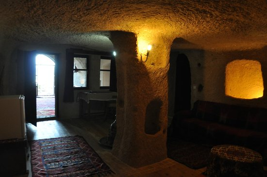 Takaev Cave Hotel: The Cave Room