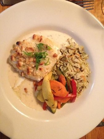 The Red Snapper : crusted halibut - excellent