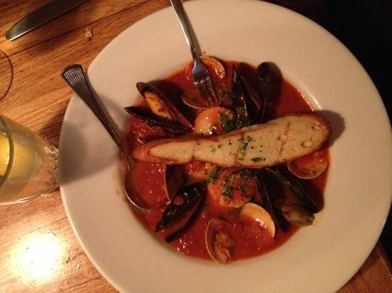 The Red Snapper : cioppino was fresh and flavorful