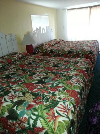 Sun Deck Inn & Suites: Loft with 2 King Beds