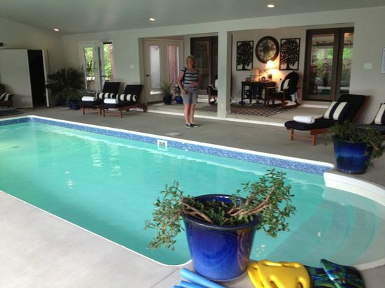The Inn at White Oak: Jill poolside...