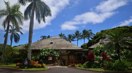 Keoki's Paradise: Outside