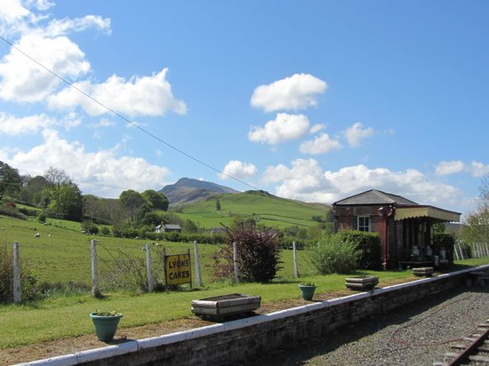 Bala Lake Railway: Llanuwchllyn Station