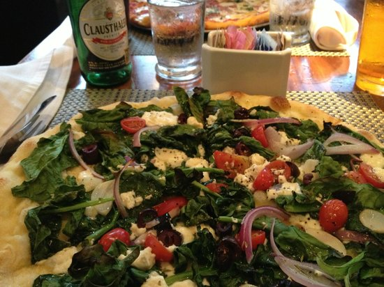 """Cafeteria Boston : Now that is a""""with the works"""" pizza!"""