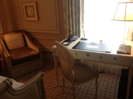 The Jefferson, Washington DC: Adicionar uma legenda