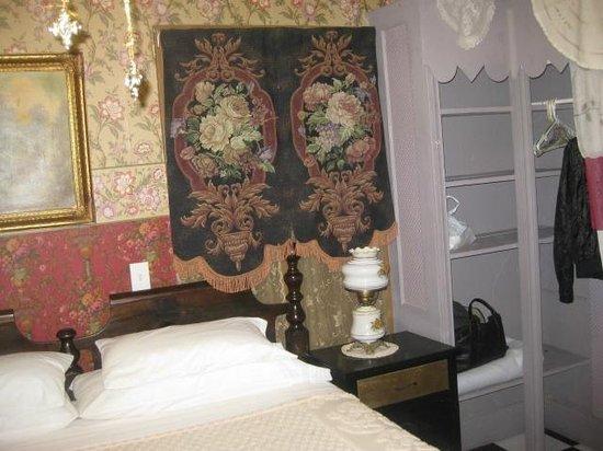 Shanley Hotel: Marguerite's Room