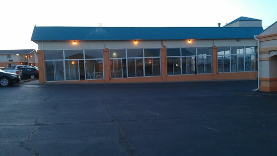 Motel 6 Dodge City : Outdoor pool