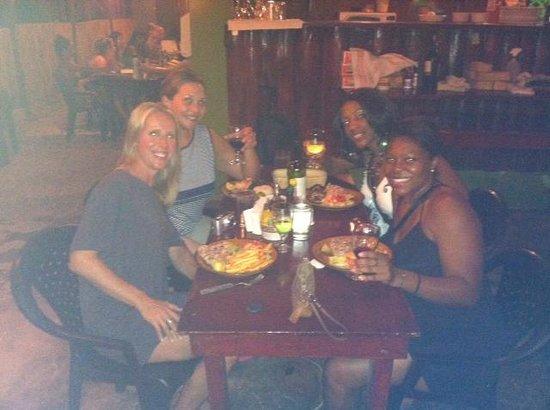 Las Piedras: dinner with the girls