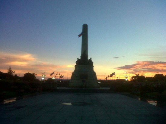 how to get to rizal park