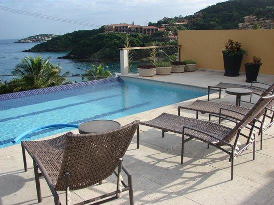 Hotel Ville La Plage: pileta de agua caliente y con excelente vista