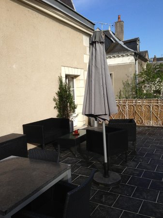 Hotel Le Pavillon des Lys : Our terrace