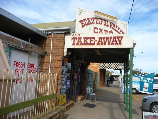 Southern Flinders Ranges Experience with Lunch: Beautiful Valley Cafe, Wilmington
