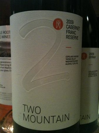Two Mountain Winery: Two Mountain label. Great reserve!
