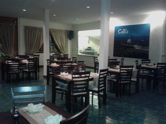 Celli's italian pizza restaurant: interno pizzeria
