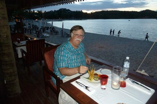Imperial Boat House Beach Resort: Great Dining on the Beach