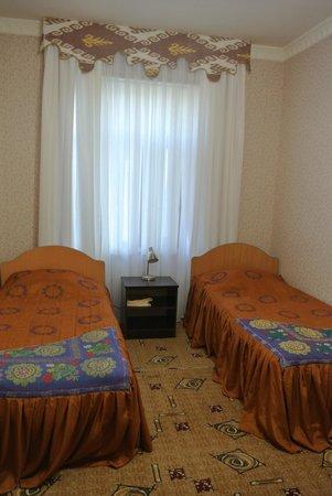 Siyavush Hotel: ツインルーム