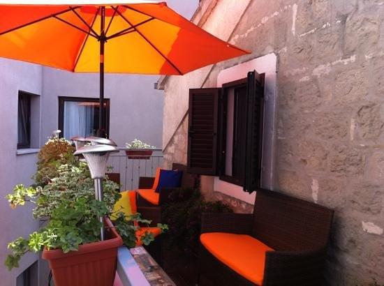 Villa Toni: Outside