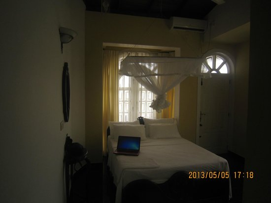 Fort De 19 Villa: the room