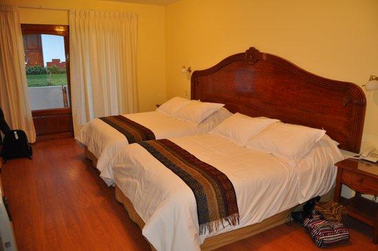 Hotel Agustos Urubamba: chambre spacieuse