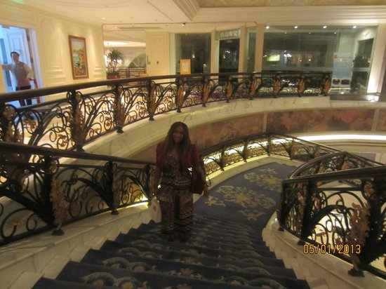 Legendale Hotel Beijing: On the grand staircase