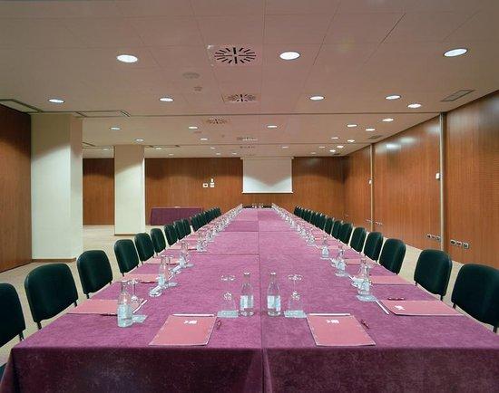 Acevi Villarroel: Sala de Reuniones