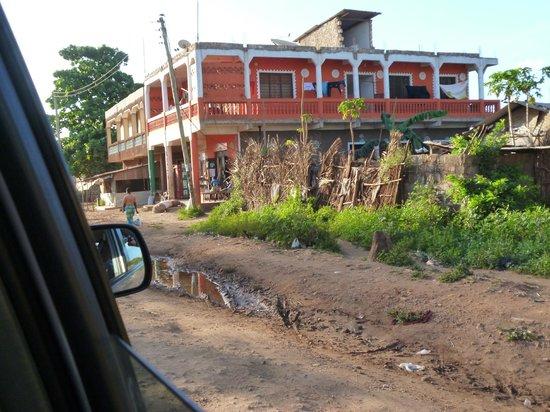Ndohakashani Tours: lungo la strada verso il mercato