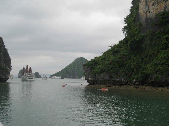 Darian Culbert: Kayaking Halong Bay