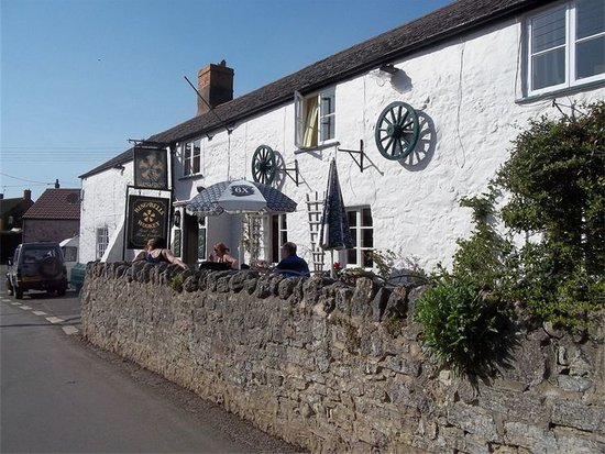 The Ring O'Bells Inn : The Ring O' Bells