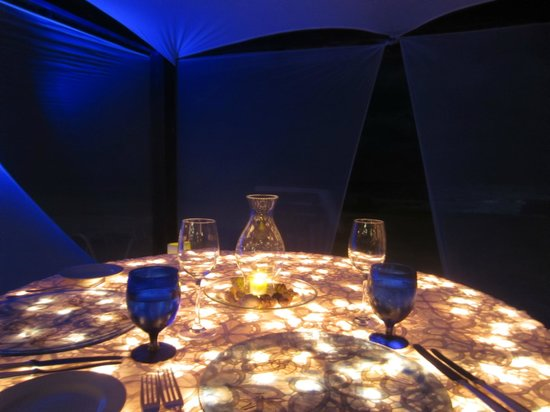 The Ritz-Carlton, Cancun : Our dinner table at the casita
