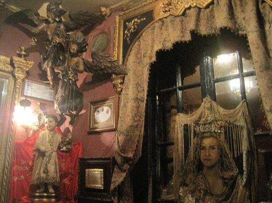 in the bar El Garlochi